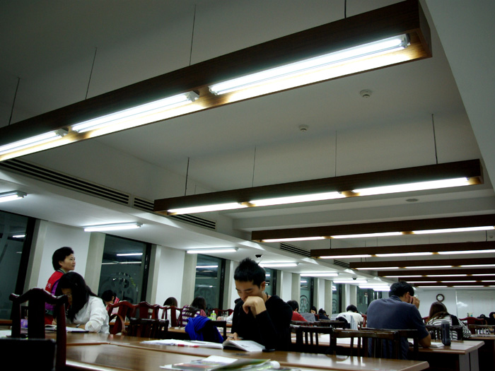 www.lightac.net energy saving LED lamp supplier
